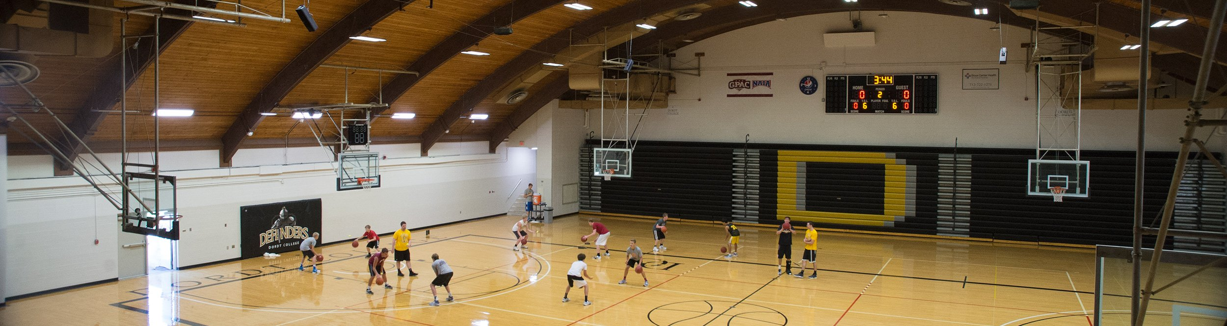 People play basketball in the De Witt Gymnasium at Dordt.